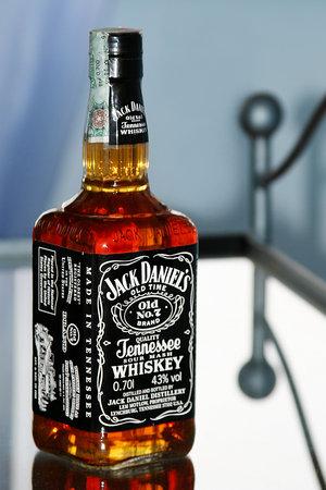 Kamr (Minuman Keras) = Tiket Menuju Neraka | Indahnya Berbagi